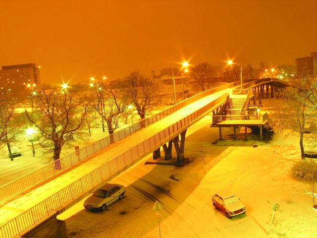 pouliční osvětlení v zimě